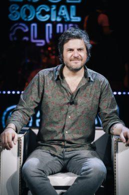 Edoardo Pesce, ospite dell'ottava puntata di Luce Social Club