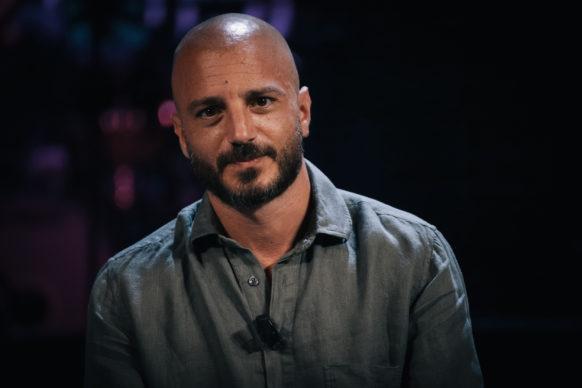 Nicolas Vaporidis, ospite del quinto episodio di Luce Social Club