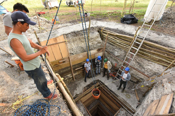 Deep excavation of Op NR3A that reveal the whole construction seques of the Aguada Fénix Main Plateau. Credit Takeshi Inomata