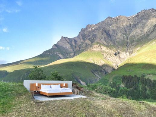 Null Stern Hotel Original Land Art version Safiental. Photo ©Patrik Riklin, AfS 2016