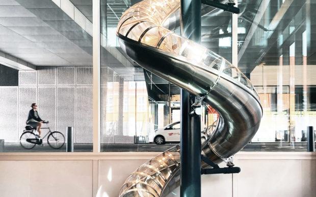 DAC Slide by Carsten Höller. Photo Jesper Værn Jensen