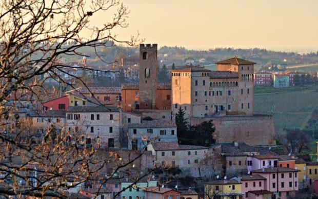 panoramica del borgo di Longiano, photo Andrea Magnani