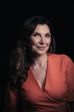 Maria Pia Calzone, ospite del dodicesimo episodio di Luce Social Club