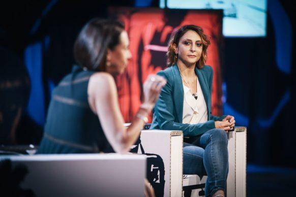 Paola Minaccioni, ospite della tredicesima puntata di Luce Social Club