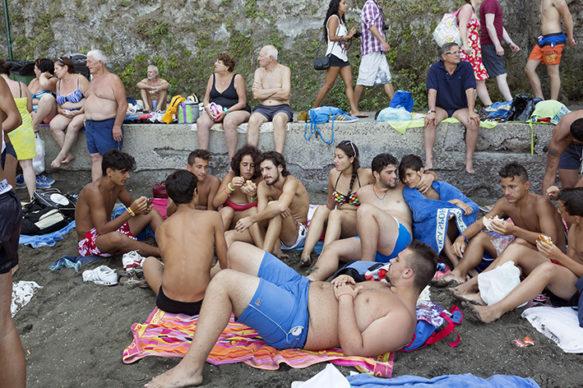 Sorrento, Napoli, 2013 © 2020 Martin Parr / Magnum Photos