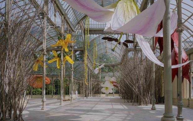 Petrit Halilaj, To a raven and hurricanes that from unknown places bring back smells of humans in love, Palacio de Cristal, 2020. Museo Nacional Centro de Arte Reina Sofia. Photo credit: ImagenSubliminal (Miguel de Guzmán and Rocío Romero