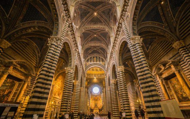 Il Duomo di Siena. Photo by Jianxiang Wu on Unsplash