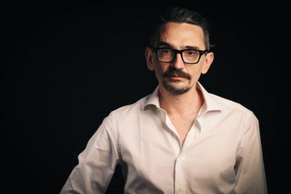 Roberto Recchioni, ospite del quattordicesimo episodio di Luce Social Club
