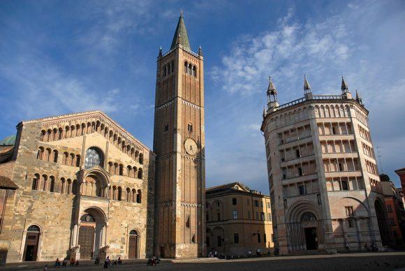 Parma, Duomo e Battistero. Foto Amoretti Parma