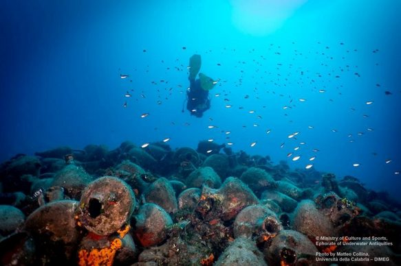 Photo Alonissos underwater museum. Copyrights Ministry of Culture and Sports-Ephorate of Underwater Antiquities, Phot. M. Collina, UNICAL-DIMEG