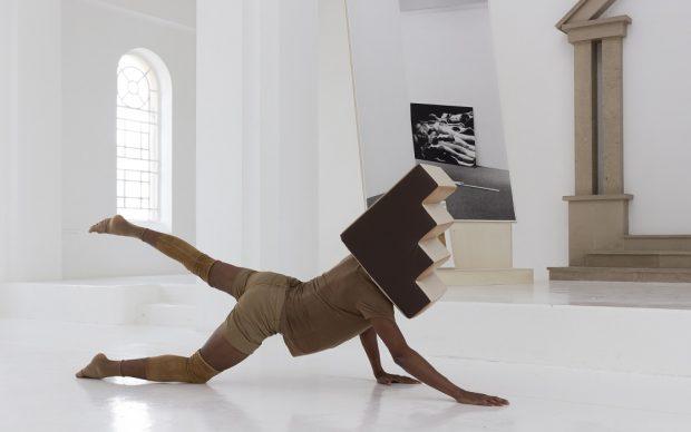 Jimmy Robert, Descendances du nu (still), 2016, filmed performance at Centre d'art comtemporain - la synagogue de Delme, photo - O.H. Dancy, courtesy of the artist and Tanya Leighton, Berlin (2)