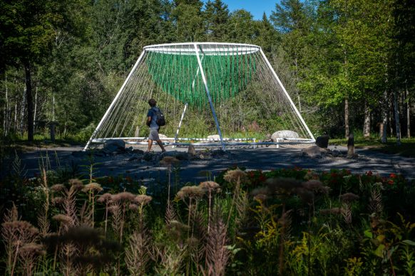 Entwine by Waiyee Chou, Landscape Architect and Carlos Portillo, Landscape Architect, Toronto (Ontario) and Montreal (Quebec) Canada. Photo credit Martin Bond