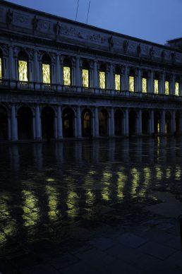 Fabrizio Plessi, L'Età dell'Oro, Venezia 2020, photo Claudio Franzini