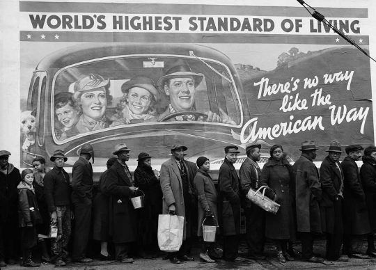 Louis Ville, Kentucky, 1937. © Images by Margaret Bourke-White. 1937 The Picture Collection Inc. All rights reserved