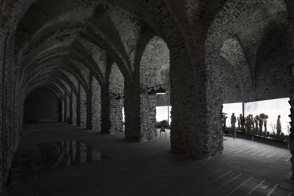 Antico Arsenale della Repubblica di Amalfi, William Kentridge, More Sweetly Play the Dance. Foto di Amedeo Benestante