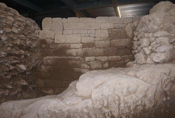 La scatola archeologica della Domus Aventino, muro arcaico. Crediti Soprintendenza Speciale di Roma