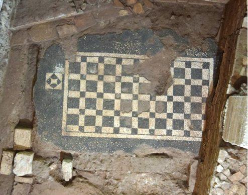 La scatola archeologica della Domus Aventino, scavo, mosaico. Crediti Soprintendenza Speciale di Roma