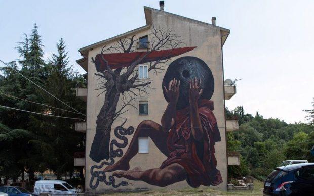 L'opera di Nicola Alessandrini per il festival AppARTEngo a Stigliano (MT)