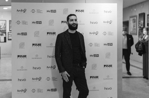 """Vasco Brondi alla proiezione di """"Porto Rubino. Storie, canzoni e lupi di mare"""" alla Casa del Cinema di Roma, 2020"""