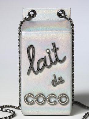 Karl Lagerfeld for Chanel, Lait de Coco evening bag. Autumn Winter 2014, Paris (c) Victoria and Albert Museum, London