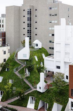 Shiroiya Hotel Green Tower. Photo ®Shinya Kigure