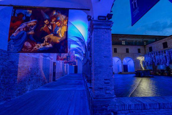 Natale 2020 a Mondolfo, Ars in tenebris lucet - L'Arte risplende nelle tenebre. Photo Franco Simoncini