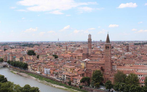 Verona, foto di Viktor Levit da Pixabay
