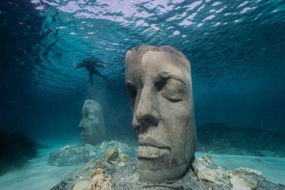 Cannes, underwater museum, credit @jasondecairestaylor