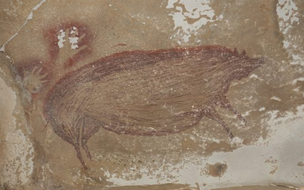 Dated pig painting at Leang Tedongnge. Credit Maxime Aubert