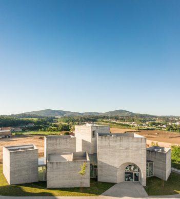 Spaceworkers, Centro de Interpretação do Românico a Lousada (Portogallo). Photo credits Fernando Guerra | FG + SG
