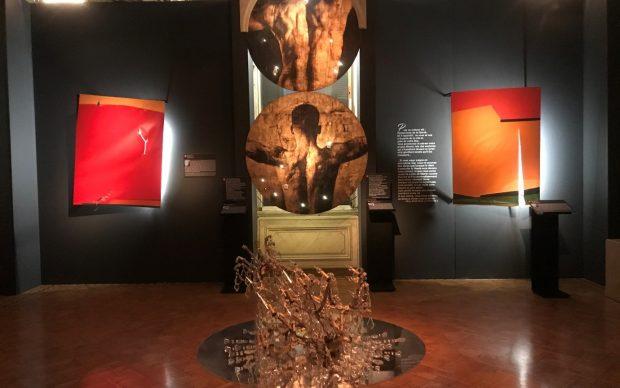 veduta della mostra L'Art Blessé presso Villa Audi, a Beirut. Courtesy Villa Audi
