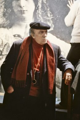 Ritratto Rosso - Fellini  sul set de La città delle donne. Fotografia di Elisabetta Catalano © Elisabetta Catalano