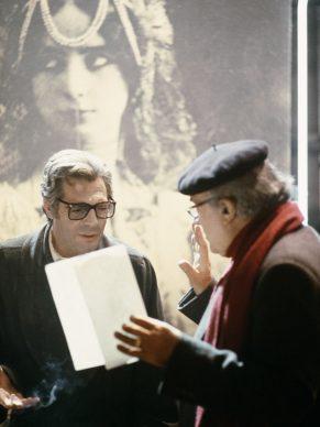 Ritratto Rosso - Fellini e Mastroianni sul set de La città delle donne. Fotografia di Elisabetta Catalano © Elisabetta Catalano