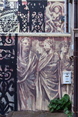 Borondo, PASSAGE. Acrylics on wall, Boulogne sur Mer (FR), 2020 © Aruallan