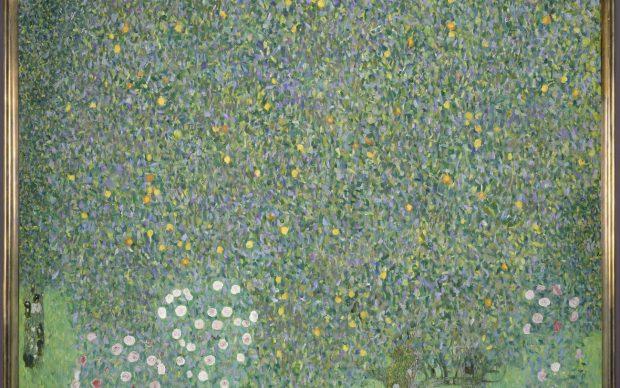 Gustav Klimt (1862-1918), Rosiers sous les arbres. Vers 1905. Huile sur toile H.110 ; L.110 cm © RMN-Grand Palais (Musée d'Orsay) / Patrice Schmidt