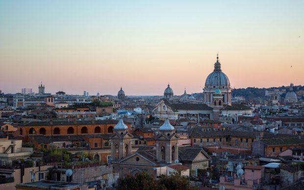 Roma. Photo by Julia Solonina on Unsplash
