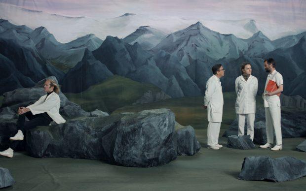 Ragnar Kjartansson, Figures in Landscape (Friday), Single-channel video, 2018