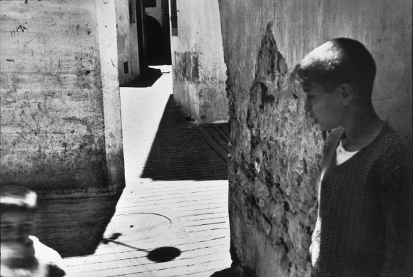Ivry-sur-Seine, Francia, 1955 © Fondation Henri Cartier-Bresson / Magnum Photos