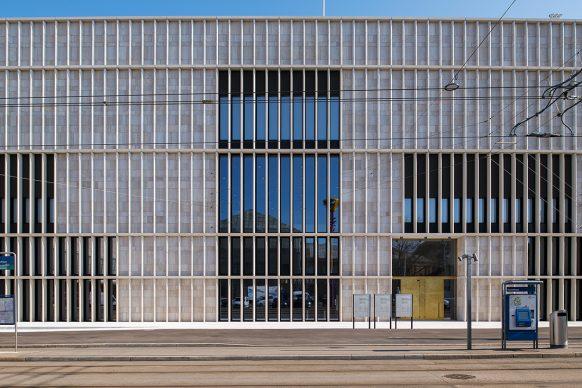 Kunsthaus Zürich, ampliamento di David  Chipperfield Architects  Ingresso principale Foto © Juliet Haller, Ufficio di urbanistica, Zurigo