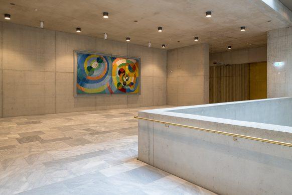 Kunsthaus Zürich, ampliamento di David  Chipperfield Architects  Hall 2° piano con «Formes circulaires» (1930) di  Robert Delaunay Foto © Juliet Haller, Ufficio di urbanistica, Zurigo