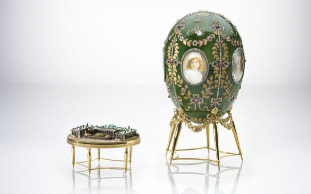 The Alexander Palace Egg,Fabergé. Chief Workmaster Henrik Wigström (1862-1923), gold, silver, enamel, diamonds, rubies, nephrite, rock crystal, glass, wood , velvet, bone, 1908 © The Moscow Kremlin Museums