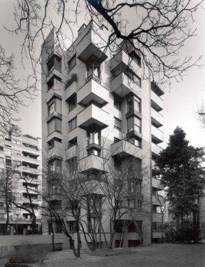 Vico Magistretti, Casa in piazzale Aquileia, Milano, 1961-1964. Foto Gabriele Basilico / Archivio Gabriele Basilico