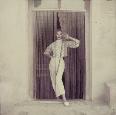 Majorca Fashion session for LIFE magazine, Majorca, Spain, 1952 © Milton H. Greene / Elizabeth Margot Collection
