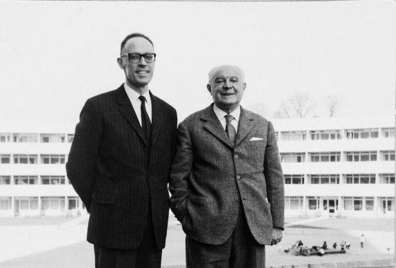 Ferruccio Rossetti (a sinistra) con Gio Ponti a Stoccolma, 1963 (Archivio privato, Stoccolma)