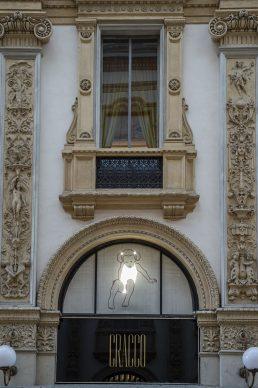 Valerio Berruti, Credere nella luce, installation view at Galleria Cracco, Milano 2021. Photo Carmine Conte